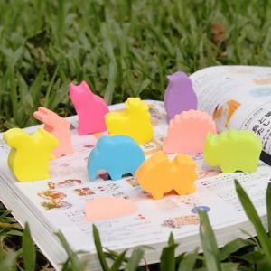 B.N.T Notes Stick`n Die cuts djurkuber - Igelkott rosa - Kalenderkungen.se
