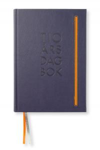 Paperstyle 10-årsdagbok Soft de Luxe Lila - Kalenderkungen.se